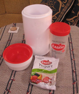 Equipment for making your own yoghurt